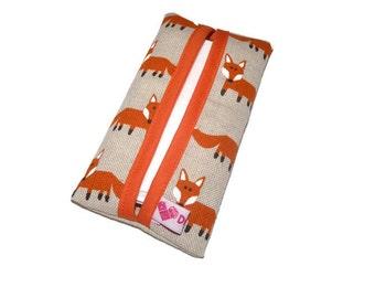 Travel tissue case / Tissue holder / Linen Kleenex Holder / Kleenex cover Foxes