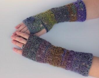 Crochet Fingerless Gloves - Diamonds and Dashes