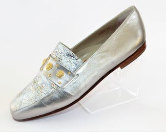 Cherie Silver Flat Loafers with Snakeskin Pattern/Gold Lion Head Studs/Slip-on Shoes/Retro Shoes/Vintage Shoes/UK Size 6/1980's