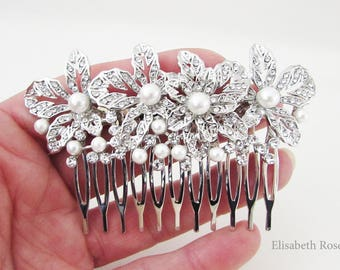 Small Silver and Pearl Wedding Hair Comb, Floral Design Hair Comb for Wedding, Bridal Hair Comb, Wedding Day Hair Comb, Silver Hair Comb