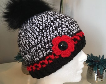 Hat crochet with flower and Pompom fur / beanie with fir pompom hat