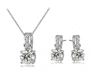 Brilliant Solitaire Necklace and Earrings made with Swarovski Crystals