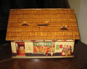 House cookie Bank Parein vintage tin metal box, cottage.