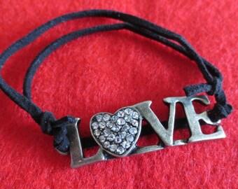 LOVE sliding knot bracelet