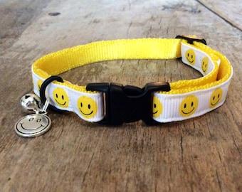 Smiley cat collar