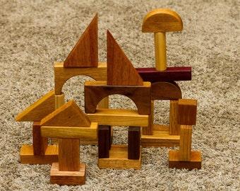 30 Piece Hardwood Building Blocks