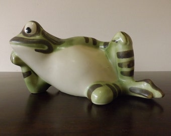 Vintage Original Brush Mccoy Pottery Whimsical Laying Frog
