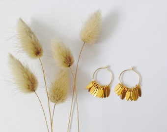 Small hoop earrings in 14Kt Gold Filled, Gold Hoops, Gold earrings