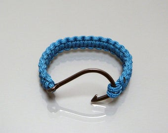 Bracelet in Paracord and hook