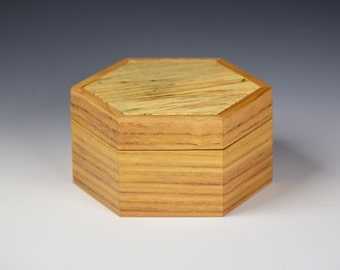 Keepsake box - Chestnut and Maple