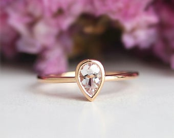 Bezel Ring Tear Drop Morganite Ring,4*6mm Pear Cut Morganite Engagement Ring,Plain Solid 14k Gold,14K Yellow Gold Ring,Stackable ring
