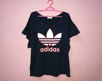 Rare!! Vintage Adidas Trefoil Big Spellout Embroidery short sleeve Sweatshirt