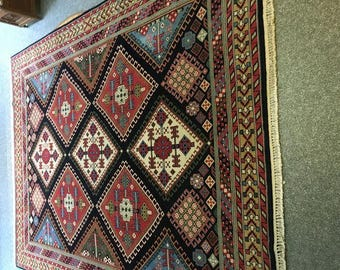 Beautiful carpet Indo - Yalameh lamb wool upper.