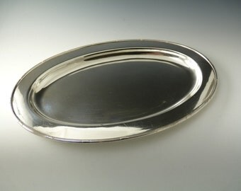WALKER and HALL Silver Plate - LAUREL Pattern - Serving Dish / Platter