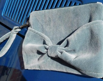 Hope - Strap velvet pouch