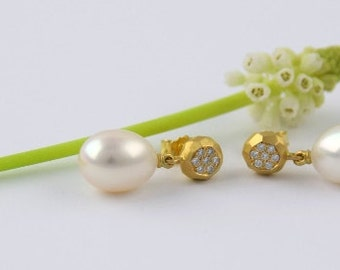 Stud earrings RONDEL 18 kt yellow gold diamonds and pearl drops, bridal jewelry, valentines day gift women, pearl jewelry gold
