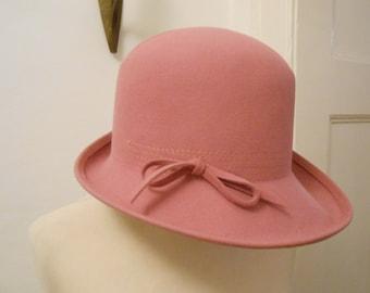 elegant & pink 70s Hat wool felt chic trend