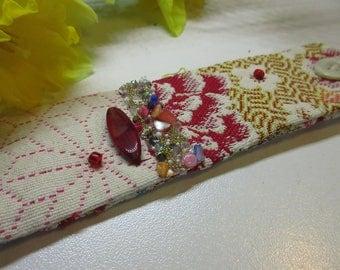 Cuff Bohemian, ethnic red, cream and yellow bracelet