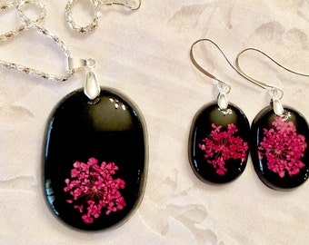 Fuchsia Queen Anne's Lace Jewelry Set, resin earrings, resin jewelry, silver earrings, silver necklace, jewelry set, flower jewelry