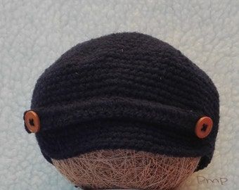 Hat crochet in dark blue with visor (0-3 months)