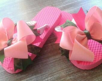 Boutique camo bow flipflops