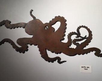 Handcrafted Rusty Octopus Wall Art