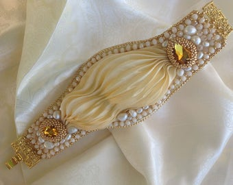 Shibori silk bracelet, freshwater pearls, brass, simple crystals, alcantara