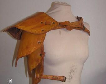 Brown Wood Elf, Ranger, Warden Leather Pauldron/Spaulder Shoulder Armour LARP
