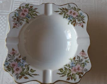 porcelain ashtray Limoges hand painted with roses and miosotis-leaves and gold edge-piece collectible