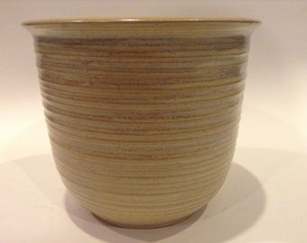 Vintage Monmouth Pottery Western Stoneware Ribbed Jardinière Planter #934 with Embossed Maple Leaf with Centered 'W' on the Bottom
