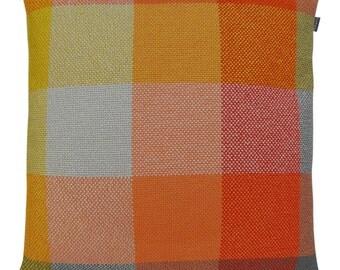 HOOK & EYE - Dekokissen fat Bo squared orange