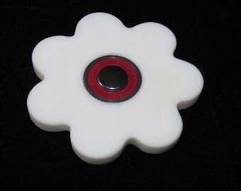 EDC Fidget Spinner - White Seven Sided Spinner
