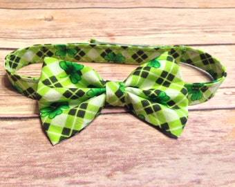 Green Shamrock Lucky St.Patricks Day Bow Tie