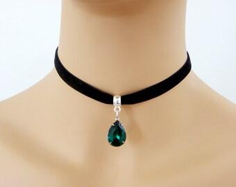 Black velvet choker, Emerald 10mm BLACK Velvet Ribbon Choker, Green Daily Choker, Trendy Stylish Choker, crystal Pendent Velvet choker Gift