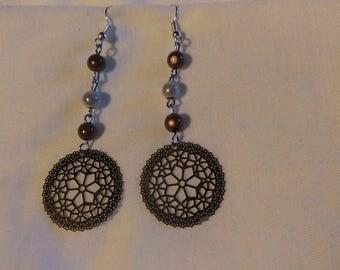 Earrings pearls, prints