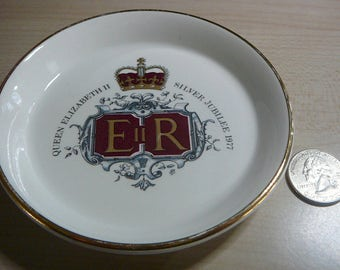 Vintage Commemorative Queen Elizabeth II Silver Jubilee 1977 ER Lord Nelson Pottery Small Dish