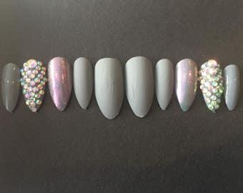 Grey matte press on nails