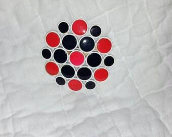 Vintage geo pin