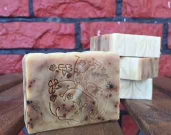 Seaweed, Mugwort & Licorice Soap