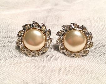 Vintage Signed Evco, Faux-Pearl, screw back Earrings 1950s - Wedding, Special Occasion