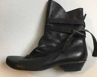 Vintage Black Leather Ankle Boots EU 36 US 6 Wrap Booties Festival Boho Bohemian