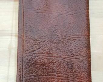 Men's vintage brown leather wallet