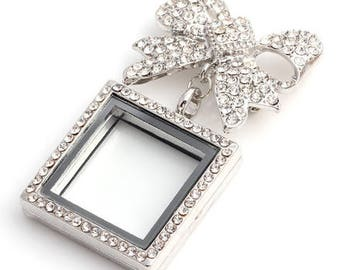 Silver crystal bouquet photo brooch