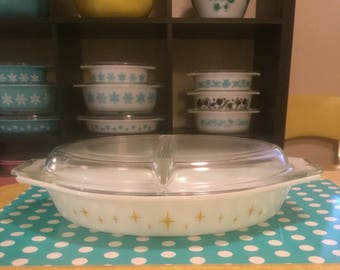 Pyrex Yellow Constellation Divided Casserole Dish w/lid