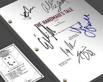 The Handmaid's Tale - Pilot Episode TV Script Screenplay  Signed Autograph Reprint  -  Elizabeth Moss, Alexis Bledel, Yvonne Strahovski