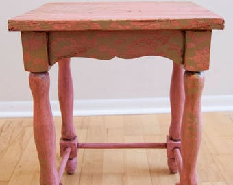 Side Table, End Table, Nightstand, Childrens furniture, room decor, kids furniture, rustic table, pink, nursery, nursery decor, table,