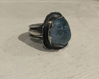 silver ring with polished aquamarine