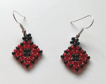 Funky red and black beaded diamand block earrings