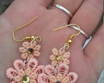Earrings delicate flowers peach