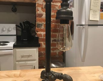 Industrial Pipe Lamp with Edison Bulb